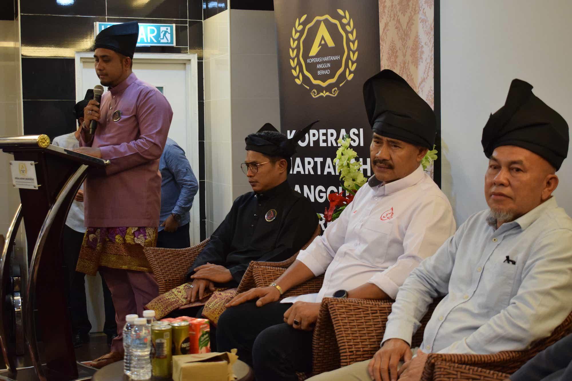 Taklimat Keadilan Dalam Agihan Ekonomi Kepada Melayu Bumiputera 1